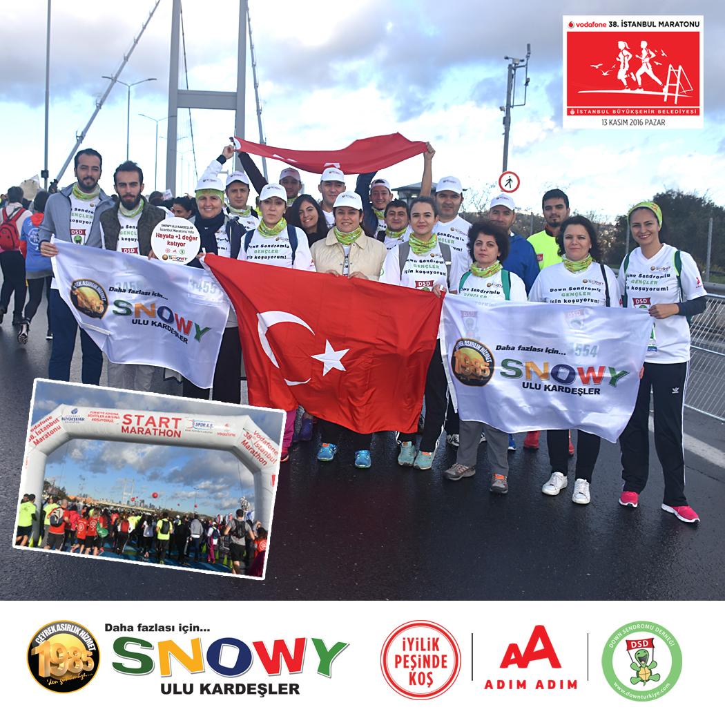 snowy-ulu-kardesler-vodafone-38-istanbul-maratonu-nda-down-sendromu-dernegi-icin-iyilik-pesinde-kostu